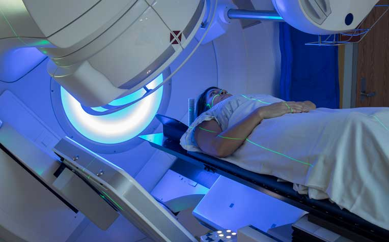 /sites/hexassets/Assets/cancer/iStock_105871445_MEDIUM-Breast-cancer-new-radiotherapy-treatment-new.jpg