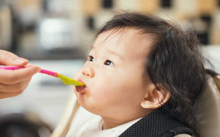 7 Tips for Easy Weaning