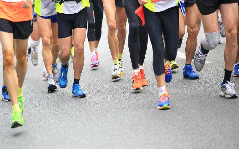 ​Distance Running: How to Stretch and Other Race Day Tips​