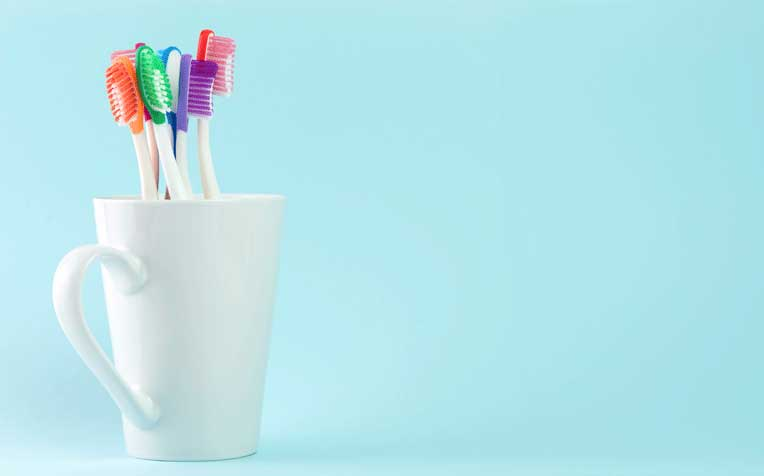 ​How to Choose the Best Toothbrush