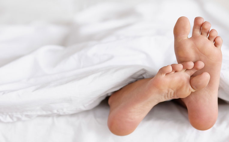 restless leg syndrome (rls): that leg pain at night - healthxchange, Skeleton