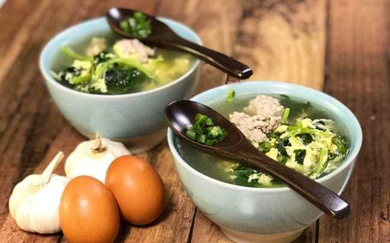 My Best Healthy Recipe - Easy Spinach Egg Drop Soup - Kum Soon