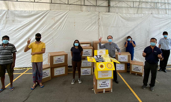 /sites/shcommonassets/Assets/News/SHP/Staff-from-SingHealth-Polyclinic-donates-1700-pieces-2.jpg