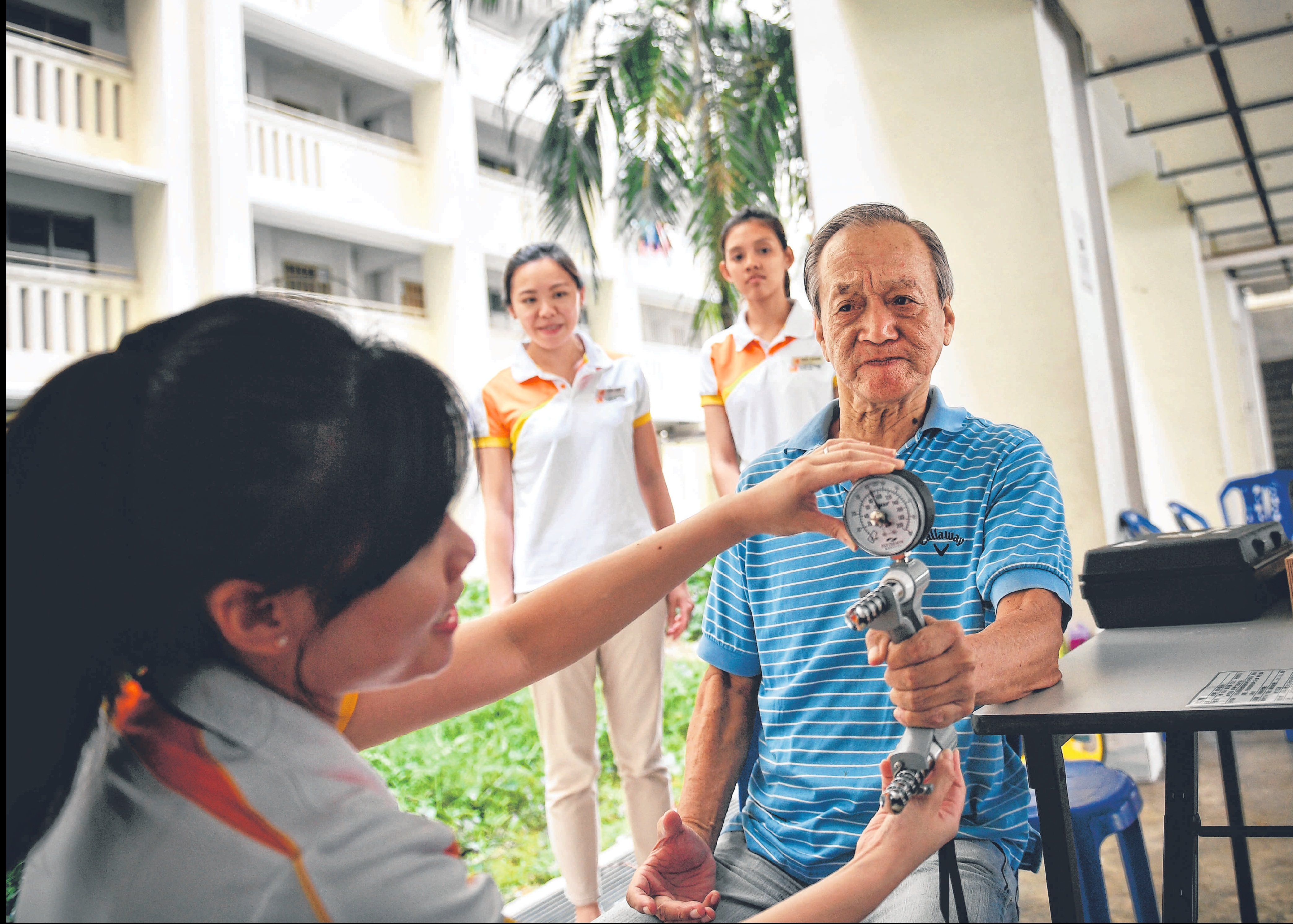 /sites/shcommonassets/Assets/News/skh-Seniors-take-IPPT-to-ward-off-health-crisis.jpg